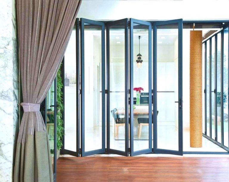 Pintu Lipat aluminium lima daun